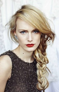 3-Red-Lips-and-side-braid